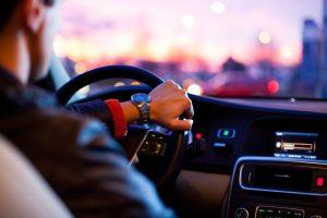 Mandataire voiture : pourquoi se tourner vers un professionnel ?