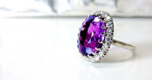 Rachat bijoux Paris : quel type de bijoux peut-on revendre ?