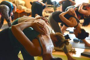 Le yoga en entreprise: les avantages du yoga